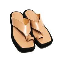 올드빈Square Toe Leather Flip Flops 라이트 베이지쪼리 가죽 통굽쪼리 스퀘어 통굽 플리플랍 플립플랍 핏플랍