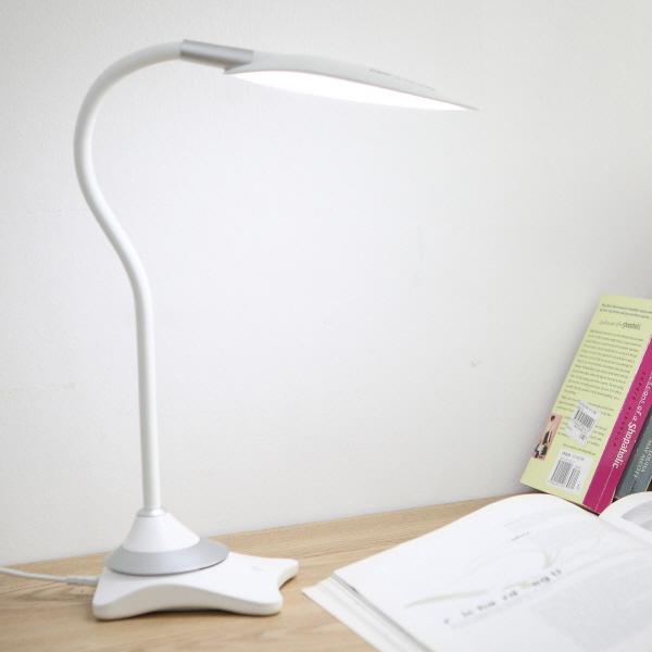 <b>플라즈마 공기청정 LED 스탠드..
