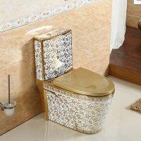 북유럽풍 욕실 골드인테리어 황금 변기